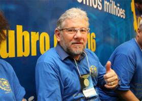 Betinho participa do 9º CONGRESSO NACIONAL DOS TRABALHADORES NA INDÚSTRIA DO PLANO DA CNTI, e coordena grupo papeleiro do Brasil.
