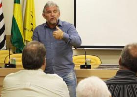 Betinho participa de reunião na sede da Nova Central