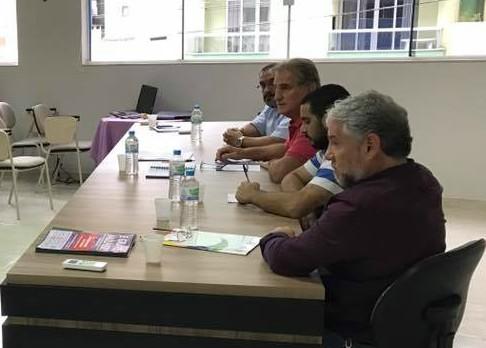 Betinho participa de reunião para organização dos papeleiros no Mercosul
