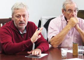 Reunião na sede da Federação dos Papeleiros
